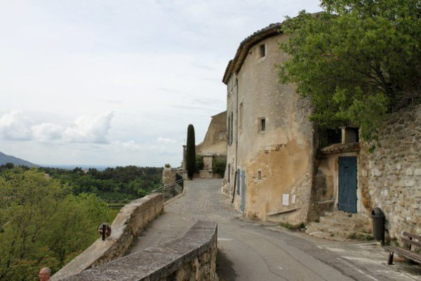 The village of Ménerbes in the Lubéron Photo by Cristopher Worthland.