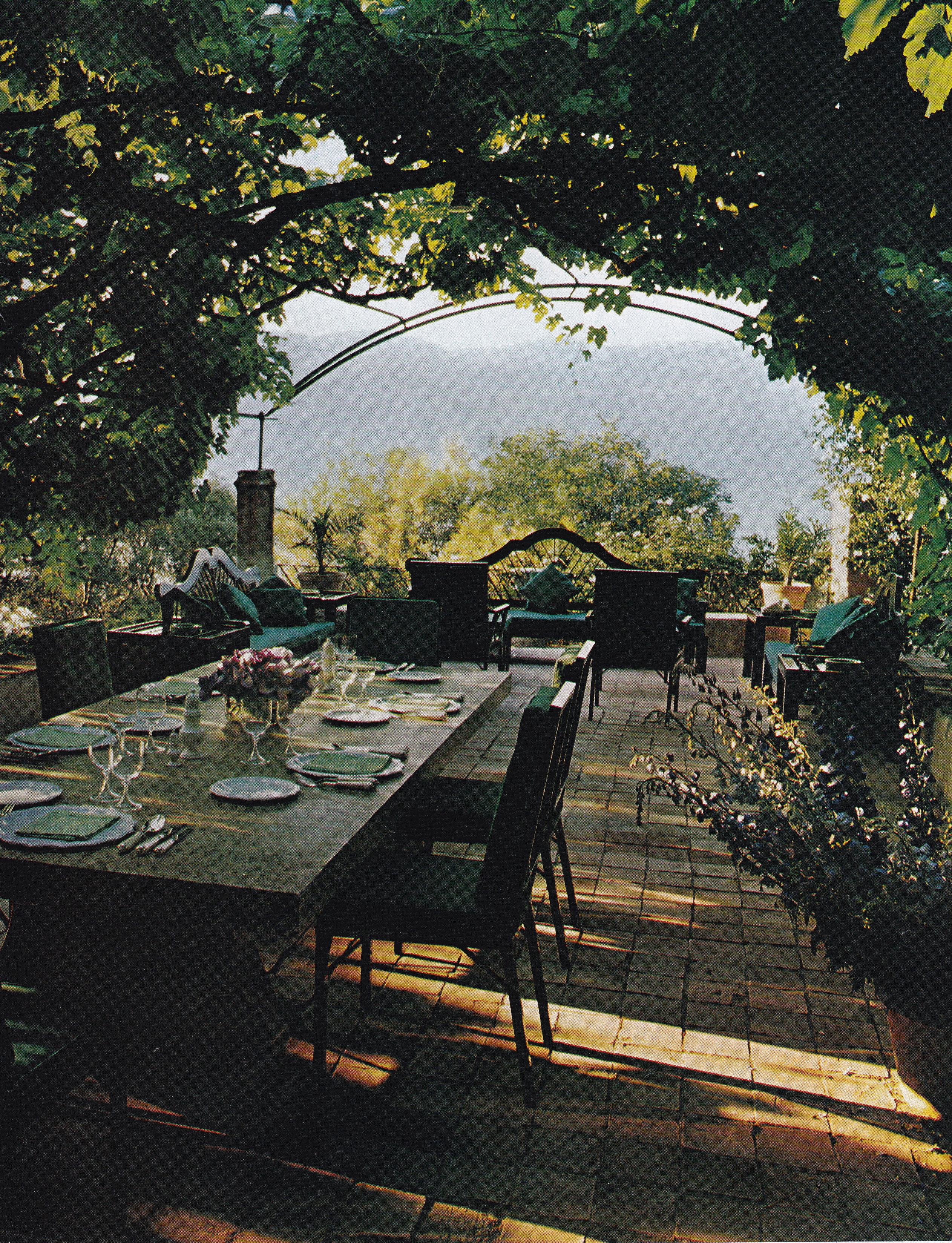 Riviera Style Le Clos Fiorentina Cristopher Worthland