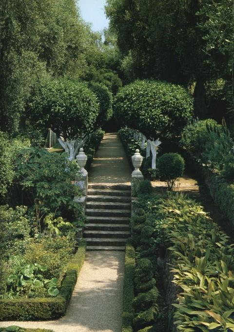 Italian-Style Garden Le Clos de Givenchy