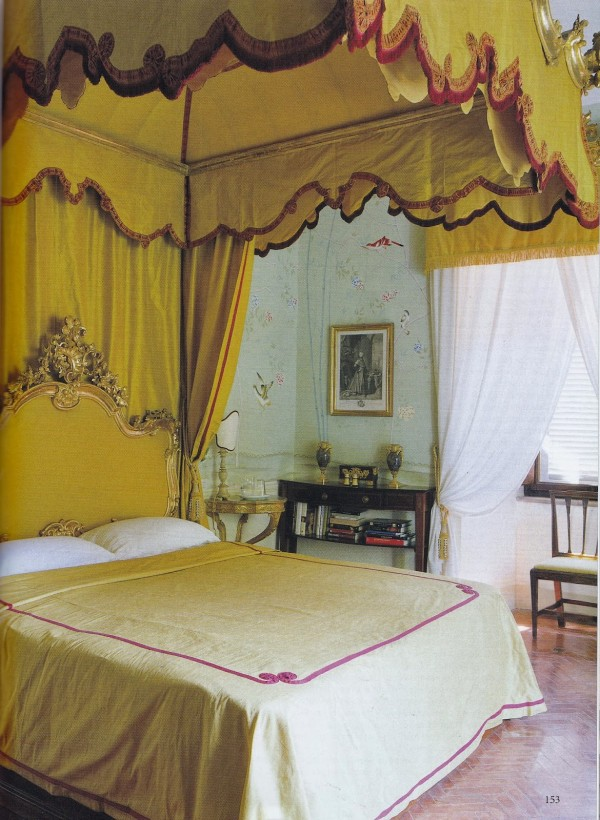 The Chinese Bedroom, Castle Gherardesca. Photo by Simon Upton for The World of Interiors.