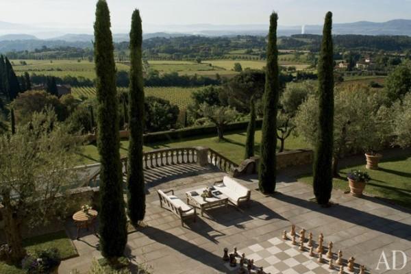 The gardens at Villa Pelagio. Photo by Giancarlo Gardin.