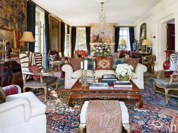 The Lauren's living room is grand by unpretentious, exhibiting a cultivated mix of English, French, American and Asian furniture and objet d'art inspired by the privilege of travel. Photo by Björn Wallander.