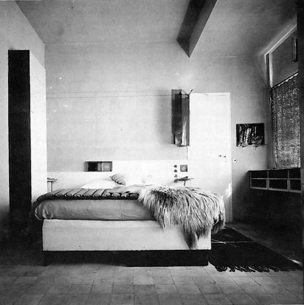 The main bedroom as featured in L'Architecture Vivante, c. 1929.