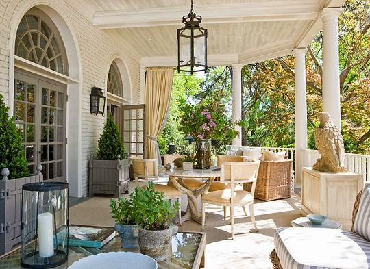 Jeffersonian proportions and classical elegance inform the veranda Andrew Law designed for the D.C. Design House. Photo by Gordon Beall for Traditional Home.