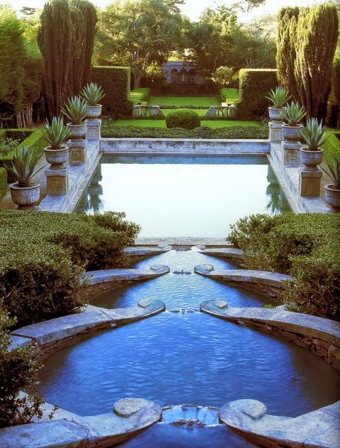 Terraced water features flow into the main pool of Las Tejas in Montecito in the style of the formal gardens at Villa Lante. Photo by Lisa Romerein.
