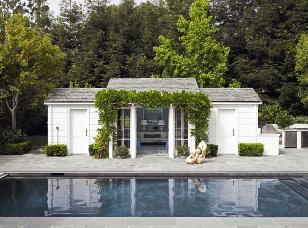 An inviting pool lounge is flanked by two changing rooms in classic American style. Photo by Douglas Friedman.