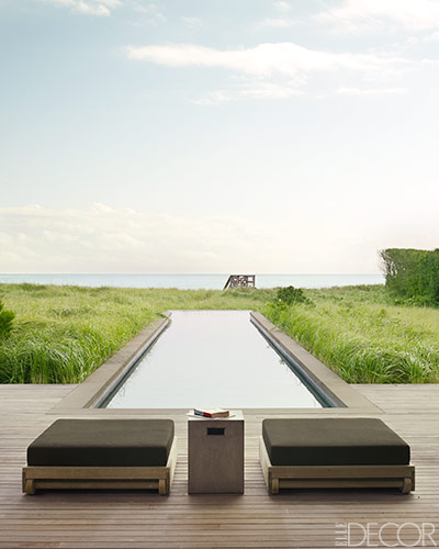A refined sensibility and barefoot ease define a Hamptons home with interiors by Timothy Haynes and Kevin Roberts. Photo by Simon Upton.