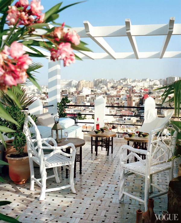 The rooftop terrace of Bruno Frisoni and Hervé Van Der Straeten's villa in Tangiers. Photo by François Halard for Vogue.