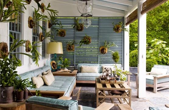 The casual chic veranda of Steven Gambrel's Sag Harbor home. Photo by Eric Piasecki for Steven Gambrel Time & Place.