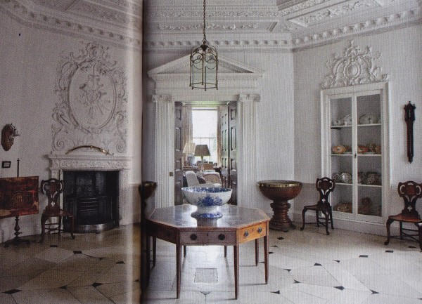 Waiting Room-Badminton House-British House & Garden March 2014-James Fennell