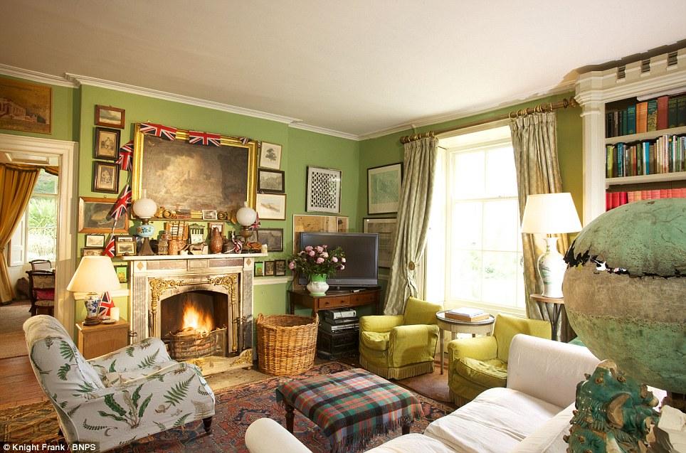 Wonderful Trematon Castle Isabel And Julian Bannerman Cornish Coast Christopher Simon  Sykes