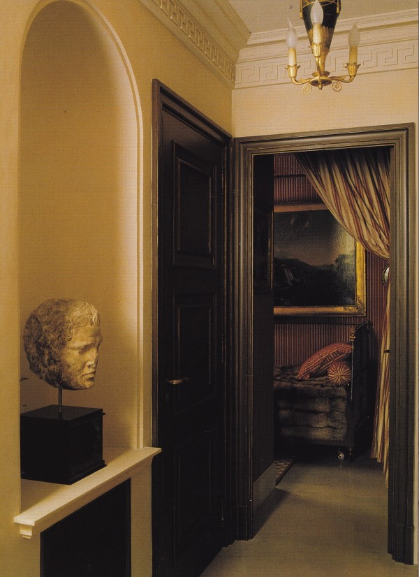 Henri Garelli-Directiore Paris apt-World of Interiors-January 2006-Roland Beaufre