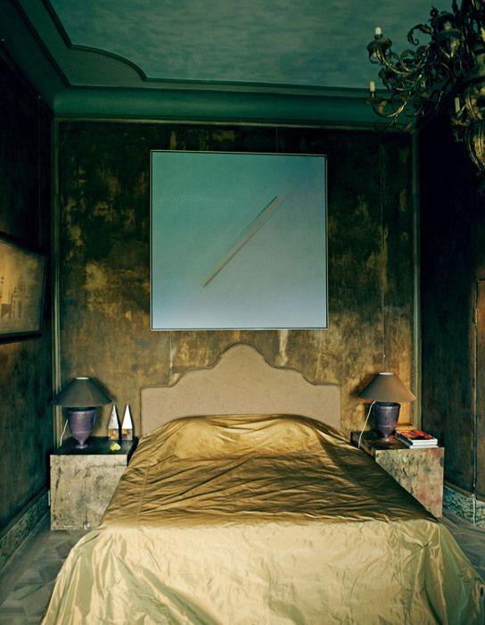 The Venetian room with the painting Pijl (1973) by Jef Verheyen.