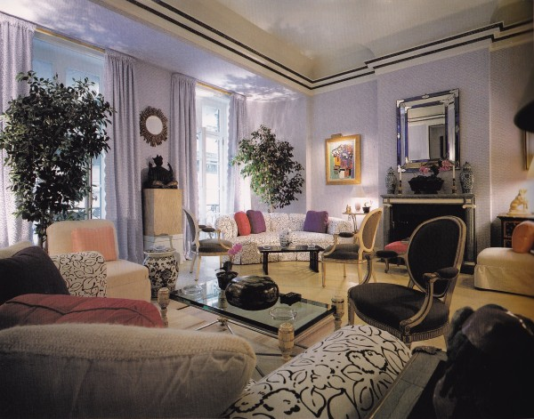 A living room designed by Kevin McNamara for the 1981 Kips Bay Decorator Show House.