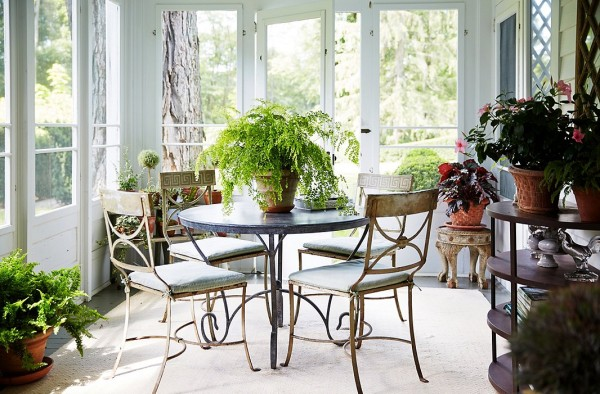one kings lane_bunny williams_SUNROOM TABLE