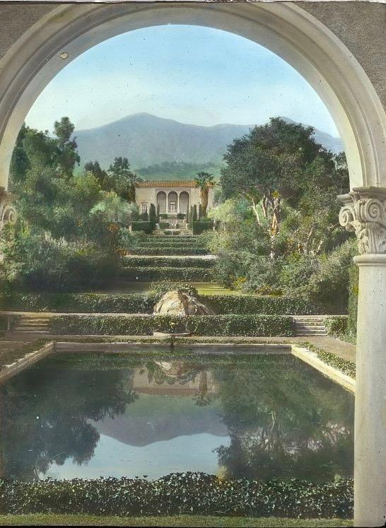 Las Tejas+Montecito-Gardens photographed by Frances Benjamin Johnston 1920-30
